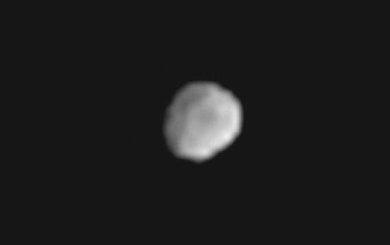 Dawn approche de l'astéroïde Vesta