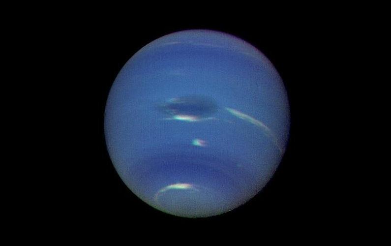 Neptune fête sa première révolution