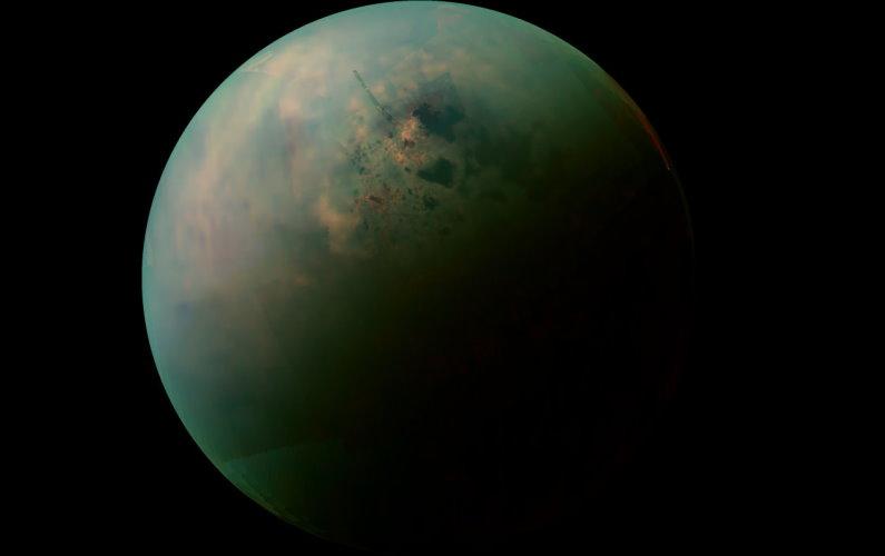 Vue imprenable sur le pôle nord de Titan