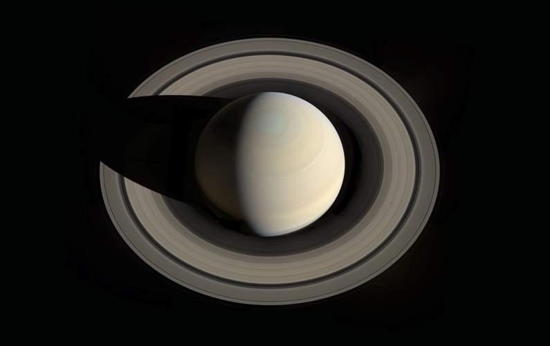 La période de rotation de Saturne a été affinée