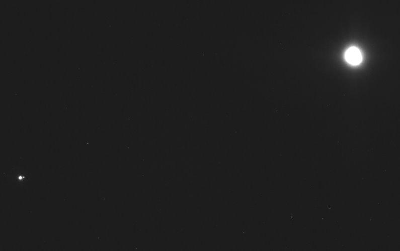 OSIRIS-REx capture la Terre, la Lune et Bénou