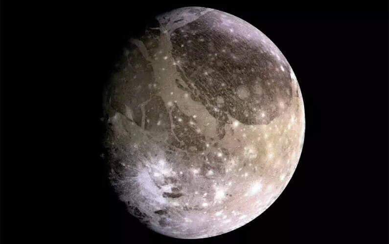 De la vapeur d'eau découverte dans l'atmosphère de Ganymède