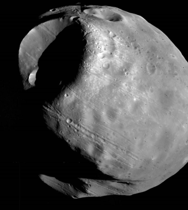 Phobos vu par Viking 1