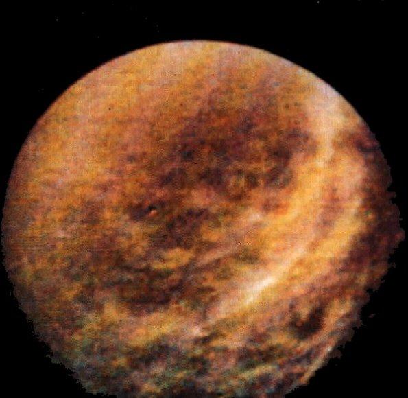 Rhéa vu par Voyager