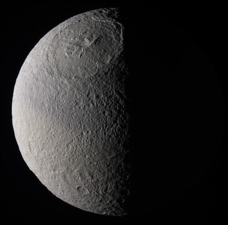 Le cratère Odyssée
